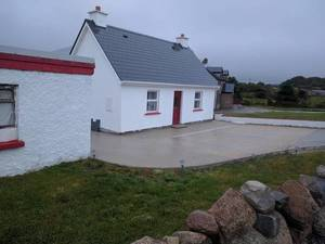 Teach Conal Sloper , Gweedore